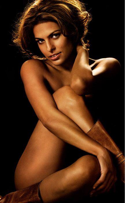 Eva Mendes Vogue'a soyundu - 48